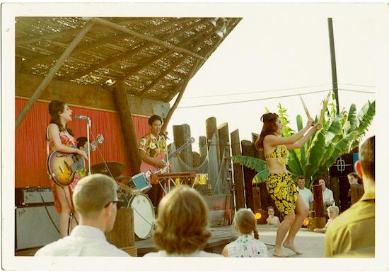 Bobbie Gentry hula show