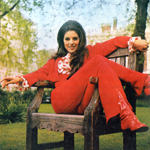 Bobbie Gentry in red