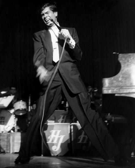 Johnnie Ray onstage